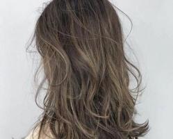 烫完头发太炸了怎么办 烫了头发怎么打理好看
